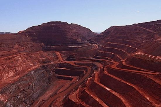 معدن استخراج سنگ آهن