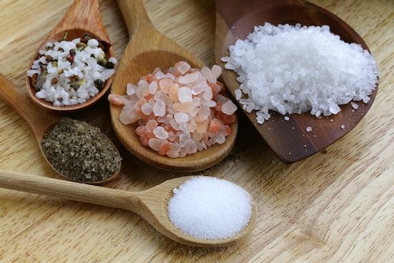 مقایسه انواع نمک با نمک هیمالیا